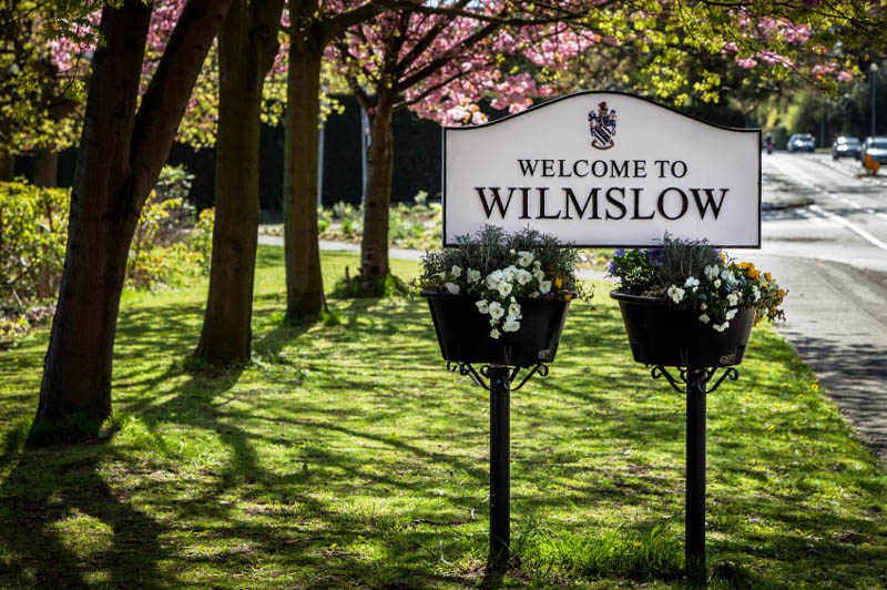 Wilmslow sign
