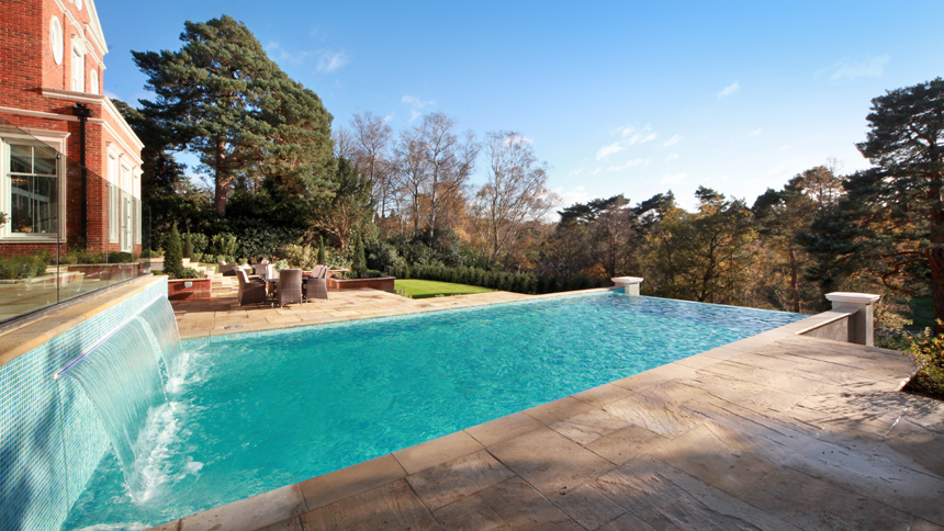 Falconwood House infinity pool