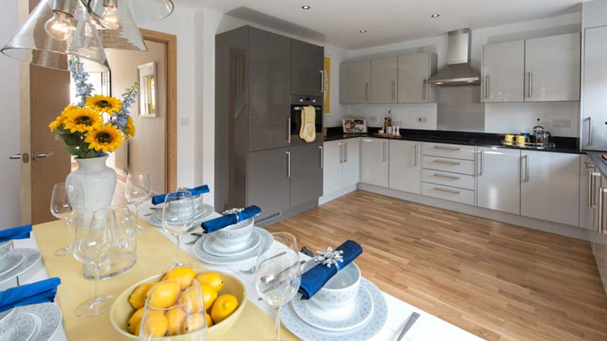Nightingale Rise kitchen (Weston Homes)