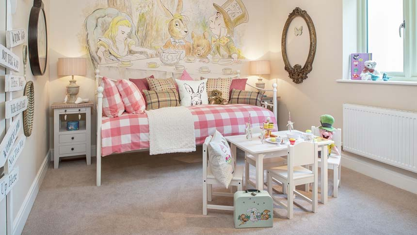 High Trees Alice themed bedroom (CALA Homes)